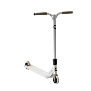 district-c-series-c152-complete-scooter-whitegold