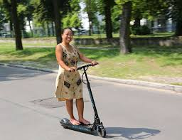 woman-on-kick-scooter