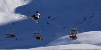 air stunt slope cable cars on snow