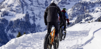 snow fat bikes trailing