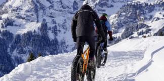 snow fat bikes trailing